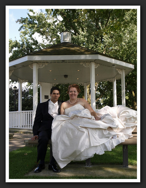 Bridal Party Family Shots at Stayner Gazebo 2009 08-29 150 .jpg