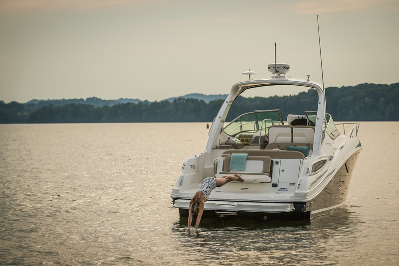 2015-SeaRay-330SD-8480.jpg