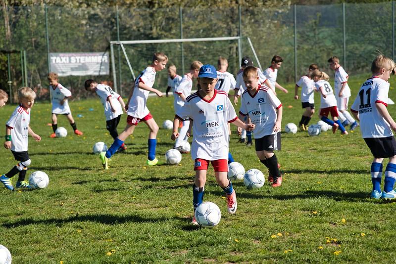 hsv-fussballschule---wochendendcamp-hannm-am-22-und-23042019-c-24_46814450325_o.jpg
