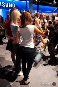 Photokina girls on service