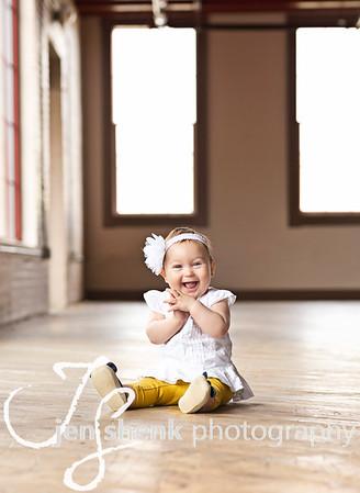 Gracelyn (8 months)