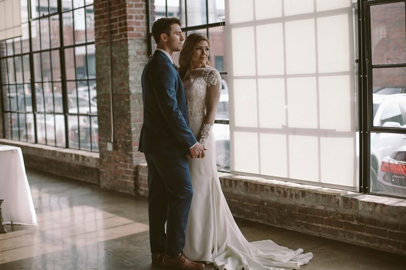 Kate&Josh_ZACH.WATHEN.PHOTOGRAPHER-737.jpg