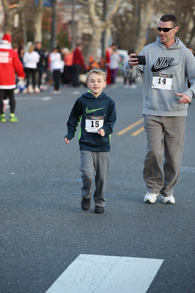 Toms River Police Jingle Bell Race 2015 - 01205.JPG
