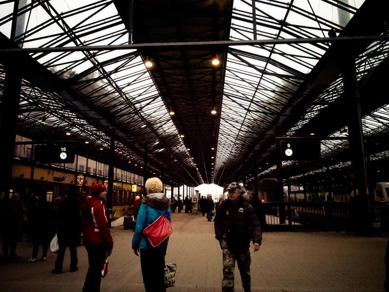 trainstation helsinki.jpg