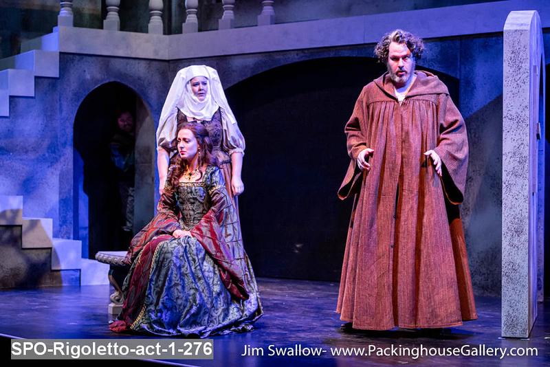 SPO-Rigoletto-act-1-276.jpg
