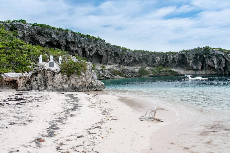 Dean's Blue Hole in Long Island, Bahamas