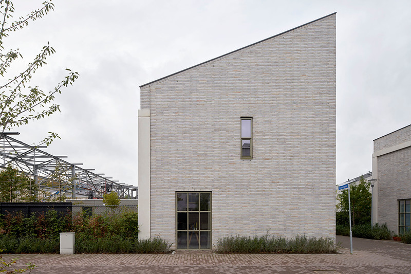 Hilberink Bosch architecten. Strijp-R Eindhoven