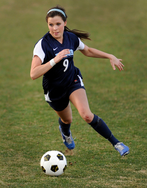 . PARKER, CO. - APRIL 2: Eagles senior forward Hannah Hommel controlled the ball in the second half. The Valor Christian High School girl\'s soccer team defeated Golden 4-1 Wednesday night, April 3, 2013.  Photo By Karl Gehring/The Denver Post)
