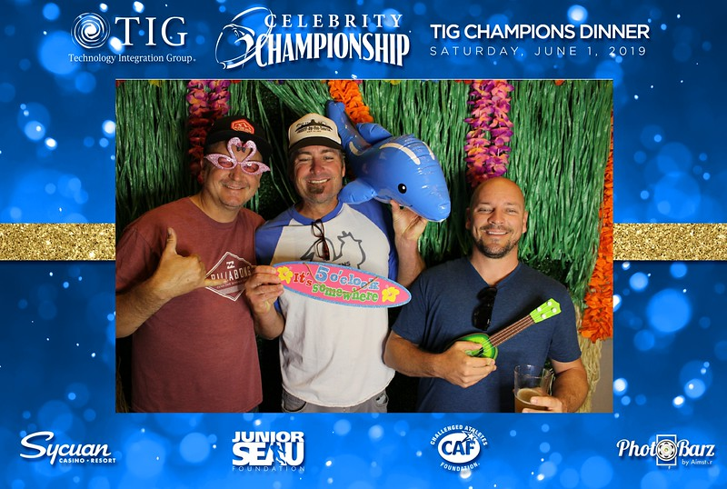 Celebrity Golf Sat Night19.jpg