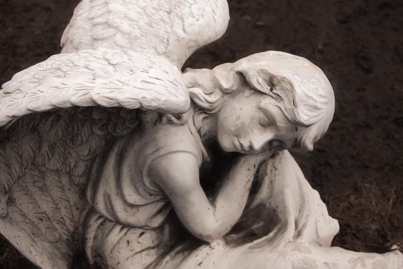 041021 angel.jpg