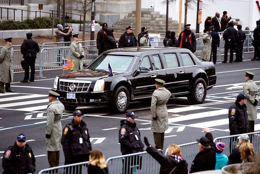 . The Presidential motorcade drives on Pennsylvania Avenue to the Capitol for the Inauguration of President-elect Donald Trump, Friday, Jan. 20, 2017 in Washington. (AP Photo/Cliff Owen)