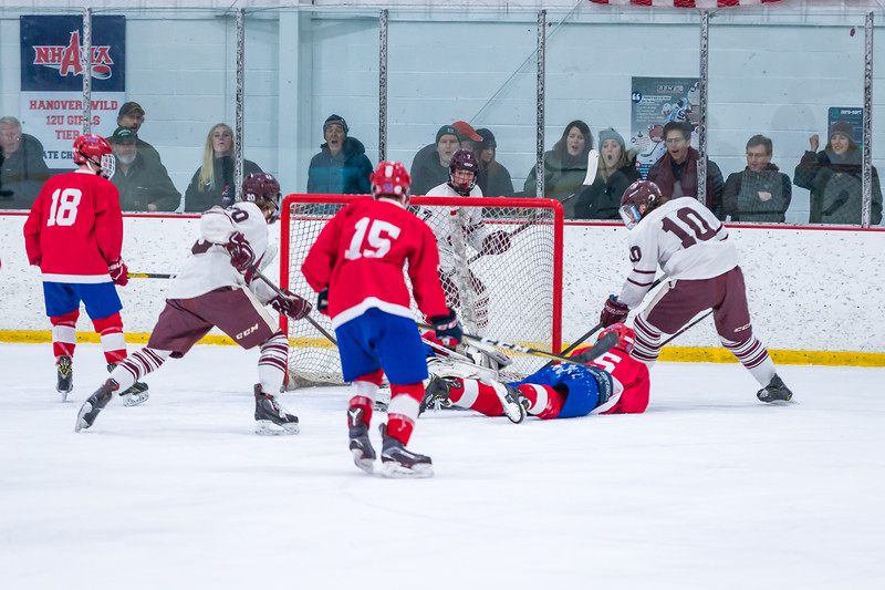 2018-2019 HHS BOYS HOCKEY VS TRINITY NHIAA QUARTERFINAL-324.jpg