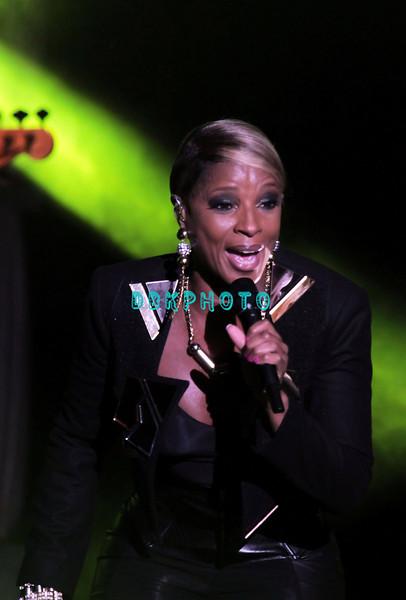 DBKphoto / Mary J. Blige 06/30/2012
