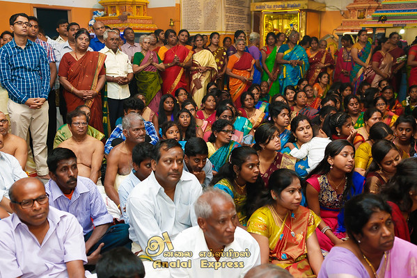 Analaitivu Iyanar Temple of Canada Mahotsavam Theer 2015