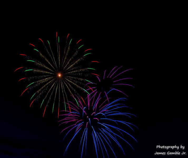 Fourth-of-July-Fireworks-2016-0311.jpg