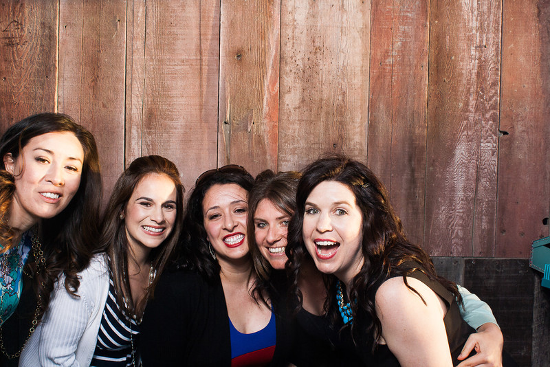KatieTylerWeddingPhotobooth-0015.jpg
