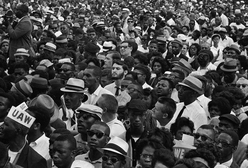 . A crowd gathers at the Lincoln Memorial in Washington, Aug. 28, 1963 to hear speakers in ceremonies following the March on Washington parade through the Capitol streets. (AP Photo)