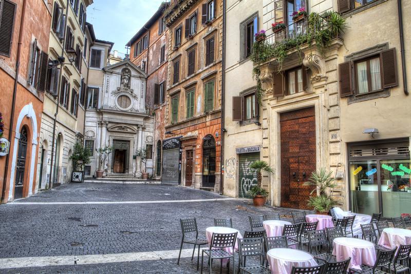 square-in-rome.jpg