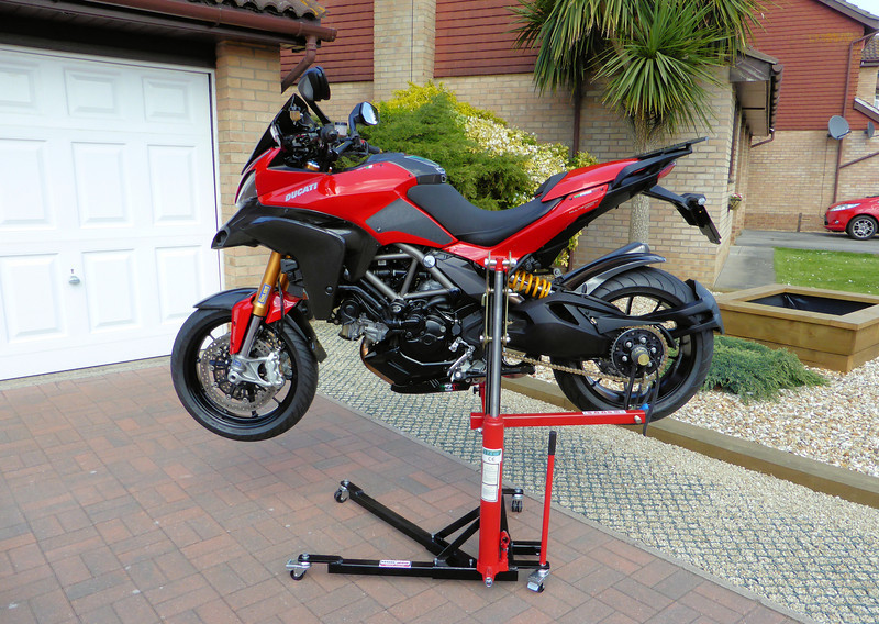 1/3: The best addition to my garage/workshop ever!......the Abba Sky Lift.....A-MAZE-ING!! The ultimate bike lift / motorcycle stand for your Multistrada 1200! http://abbastands.co.uk