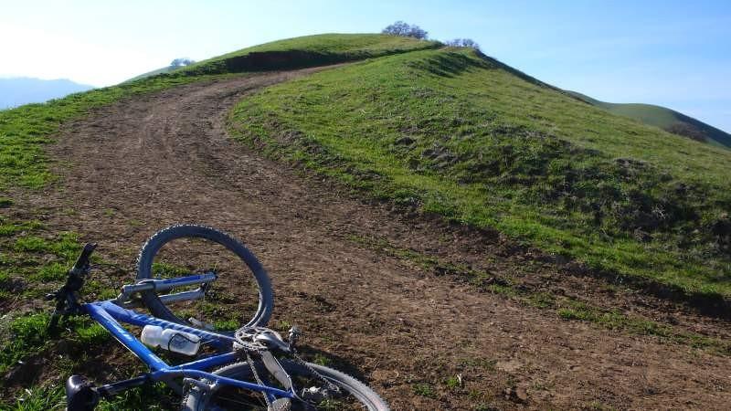ridge-trail-2.jpg