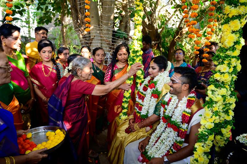 2019-12-Ganesh+Supriya-5530.jpg