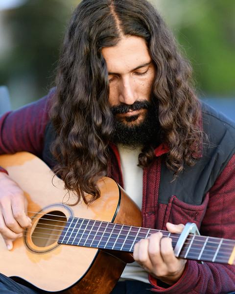 streetportrait1_guitarist.jpg