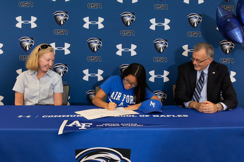 5.1.19 CSN College Signing - Weiss & Carr-8.jpg