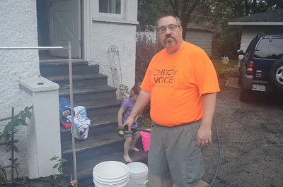 Family Ice Bucket Challenge - Aug. 2014