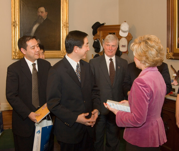 2007_china_delegation_statehouse_tour_lt_gov_0252.JPG