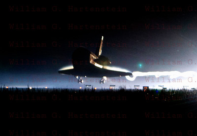 STS-135 Atlantis Final Space Shuttle Landing July 21, 2011 @ 5:37am EDT.
