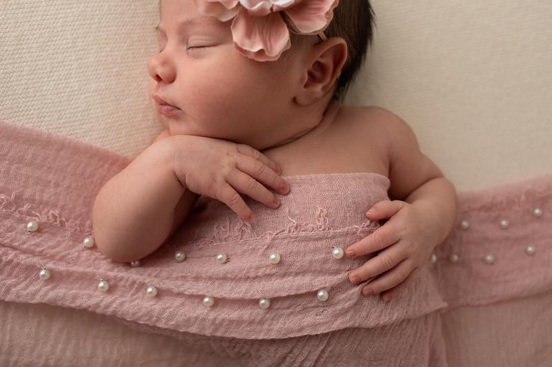 Baby Penelope-36.jpg