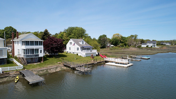 22 River Ave :: Old Saybrook