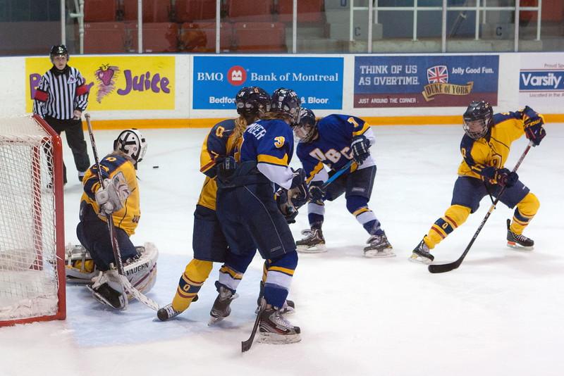 20130310 QWHockeyvsUBC 285.jpg