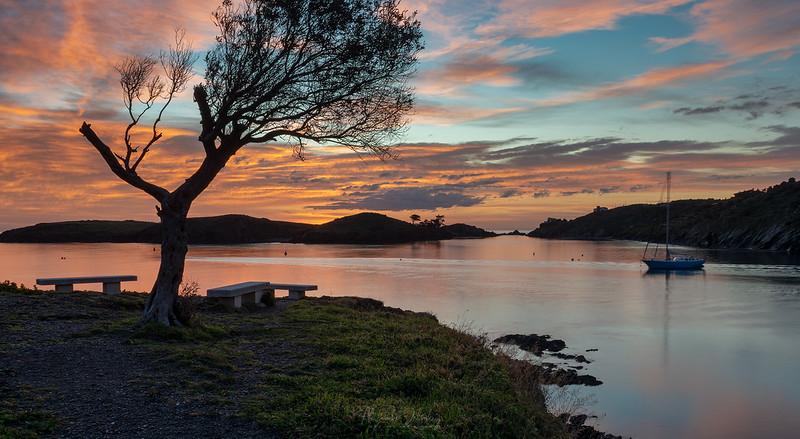 Dawn in Portlligat