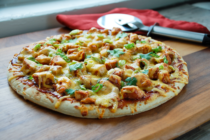 BBQ chicken pizza.png