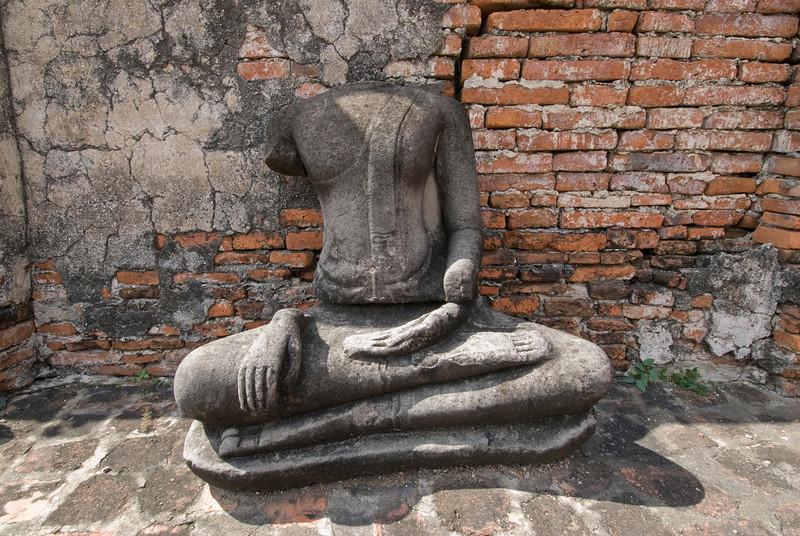 Headless Buddha 2, Wat Maha That - Ayutthaya, Thailand.jpg
