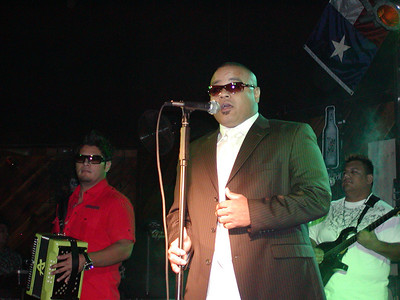 Ricardo Castillon y La Diferenzia @ the New West in Dallas on 12-5-2008