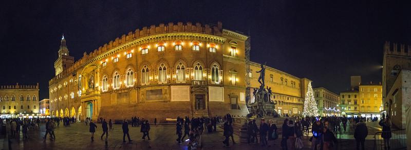 Piazza del Nettuno - Bologna, Italy - December 28, 2013