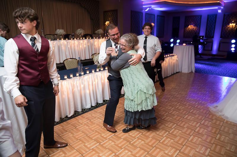 Amanda & Tyler Wedding 0988.jpg