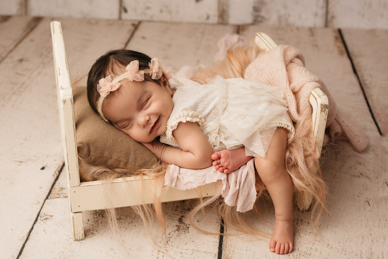 Ajuni Newborn Session-46.jpg