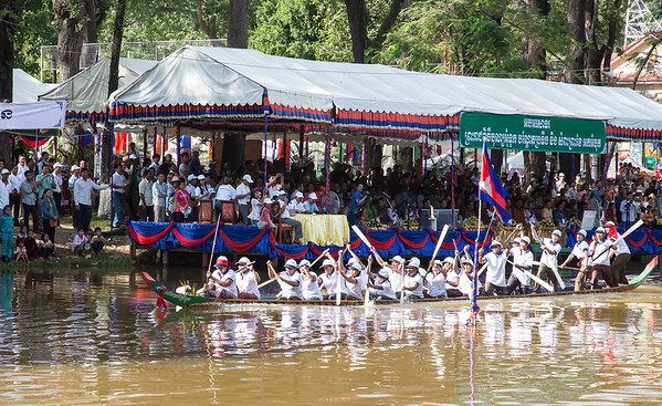 Cambodia Canoe races