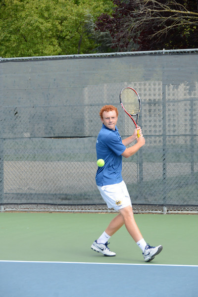 menlo-tennis-2013-boys 1.jpg