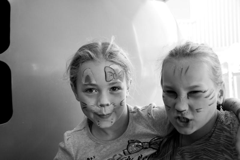 2012.09 - Bumbershoot: cats