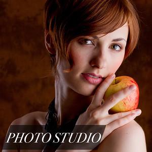 Photo Studio in Chicago - Family Portraits, Seasonal Specials - Zhukov Studios