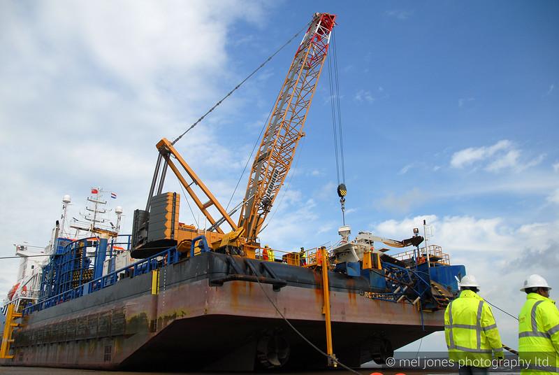 Walney Offshore Windfarm  08-0-2408397454-O.jpg