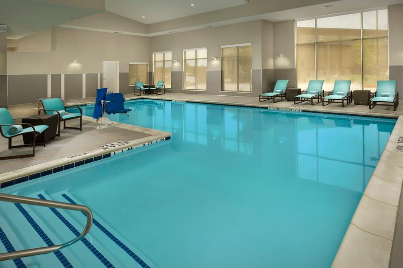 25 - Indoor Swimming Pool - RI Texarkana.jpg
