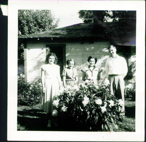 Helen (middle left), Inge Schroeder (middle right), Brian Webster