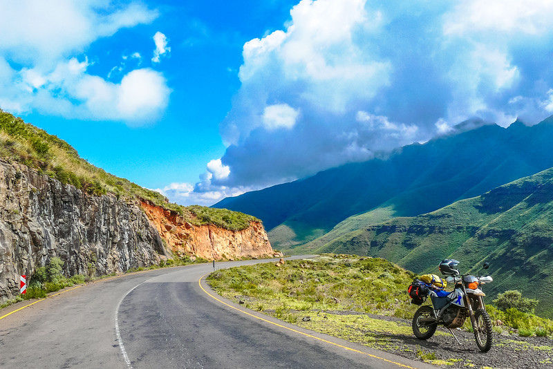 Heading into the clouds on the Mafika Lisiu pass in Lesotho