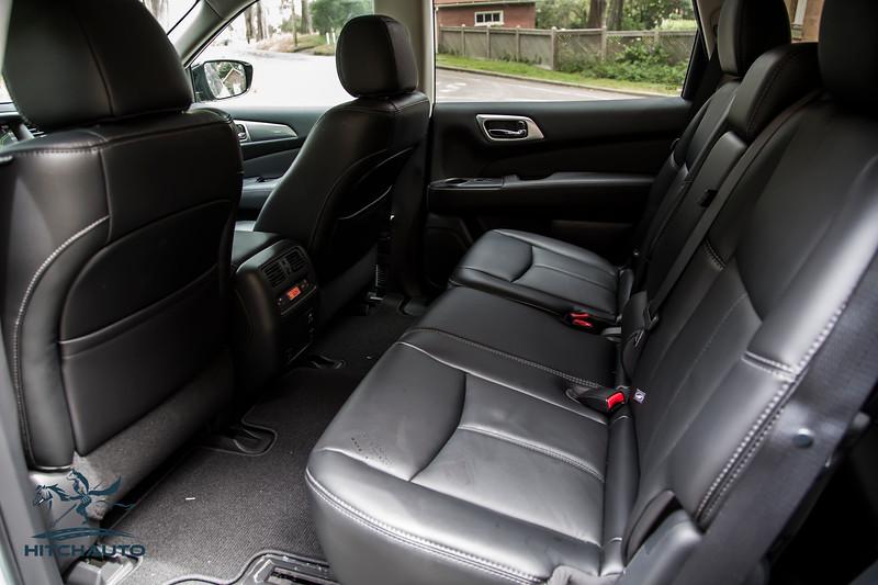 NissanPathfinderSL_White_XXXXXXX-8372.jpg