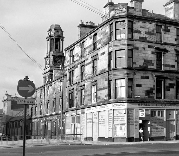 Nicholson St and Oxford St.  'Kirkfield Corner'.    July 1973